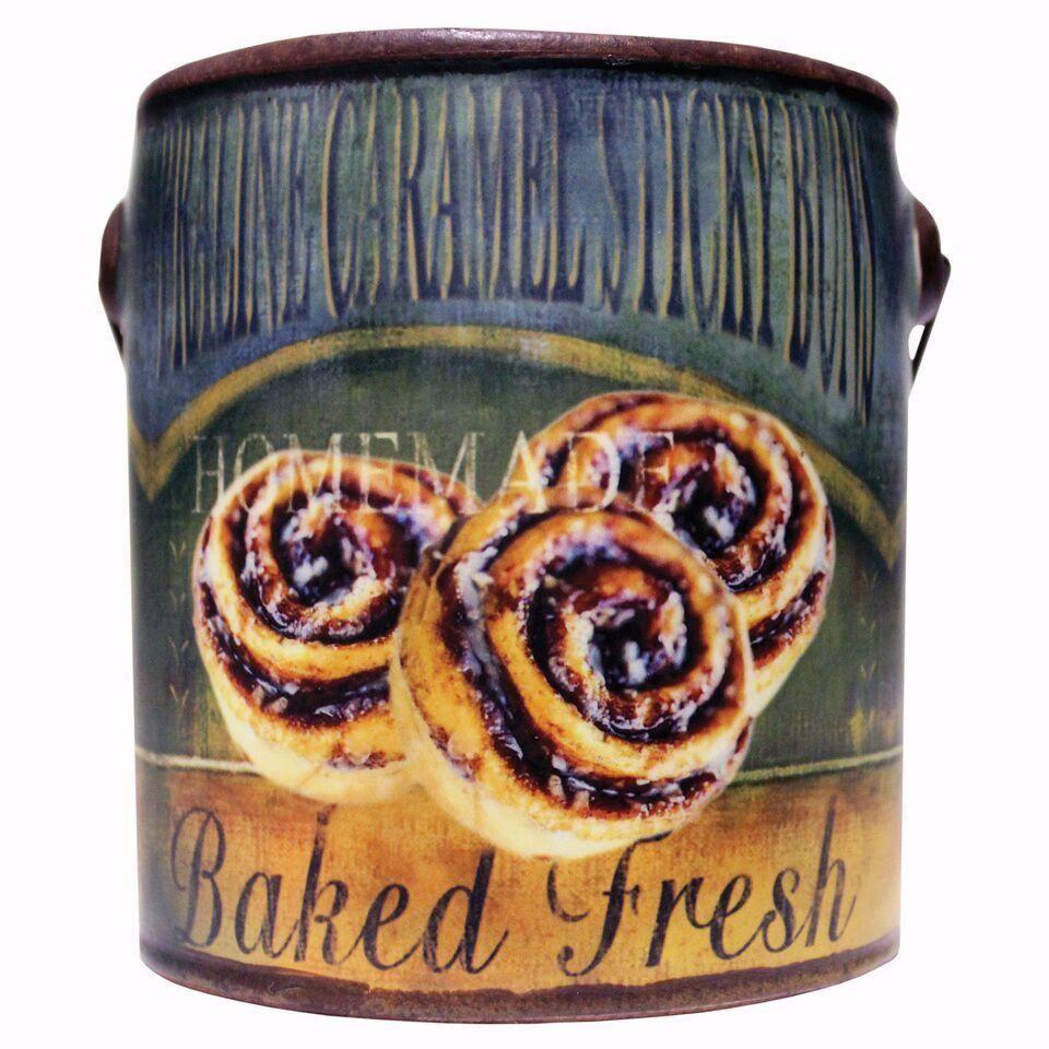 Farm fresh ceramic canpraline caramel 20 oz candle