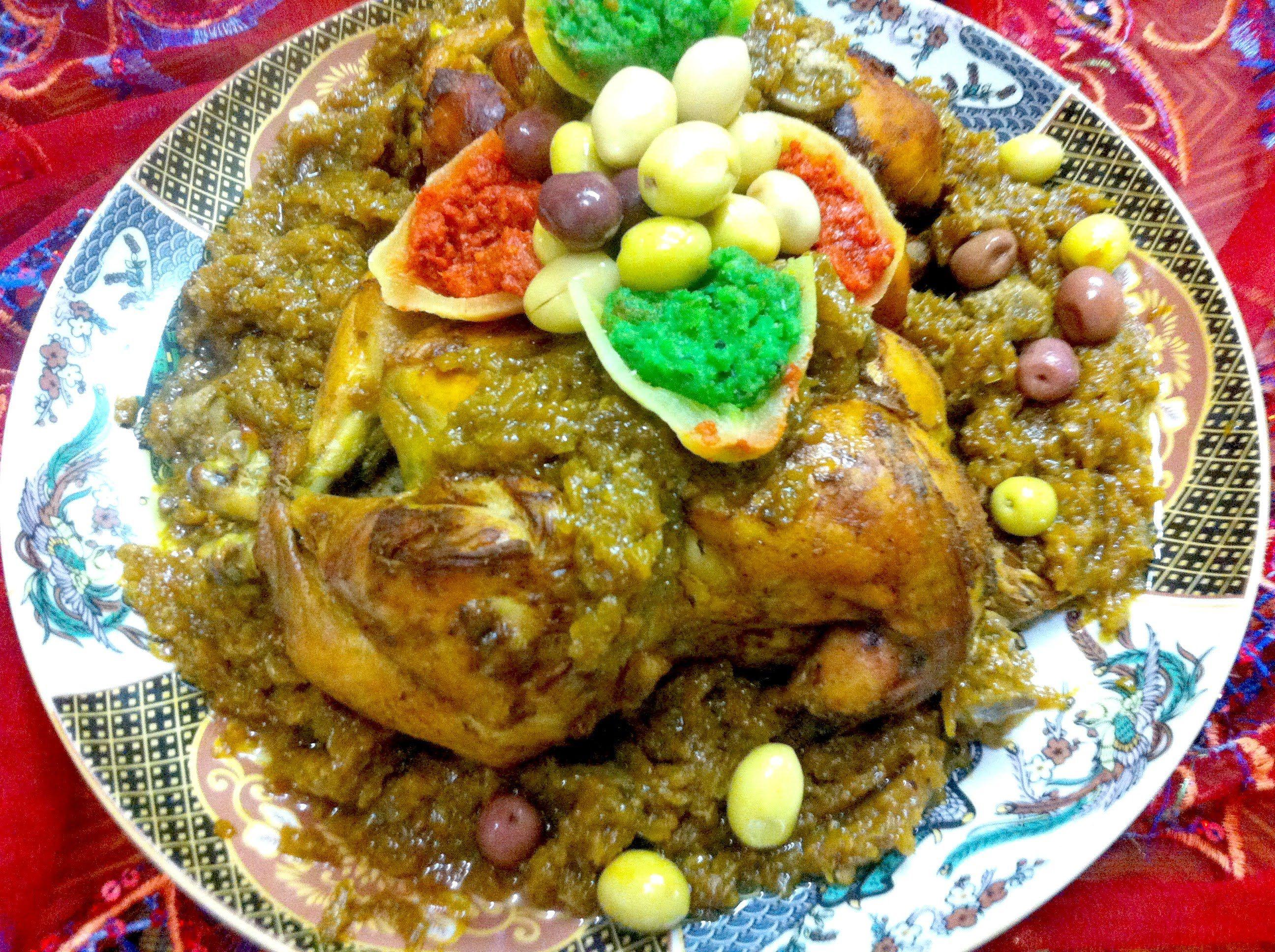 دجاج محمر بالدغميرة بطريقة الاعراس والمناسبات Youtube Moroccan Food Food Chicken