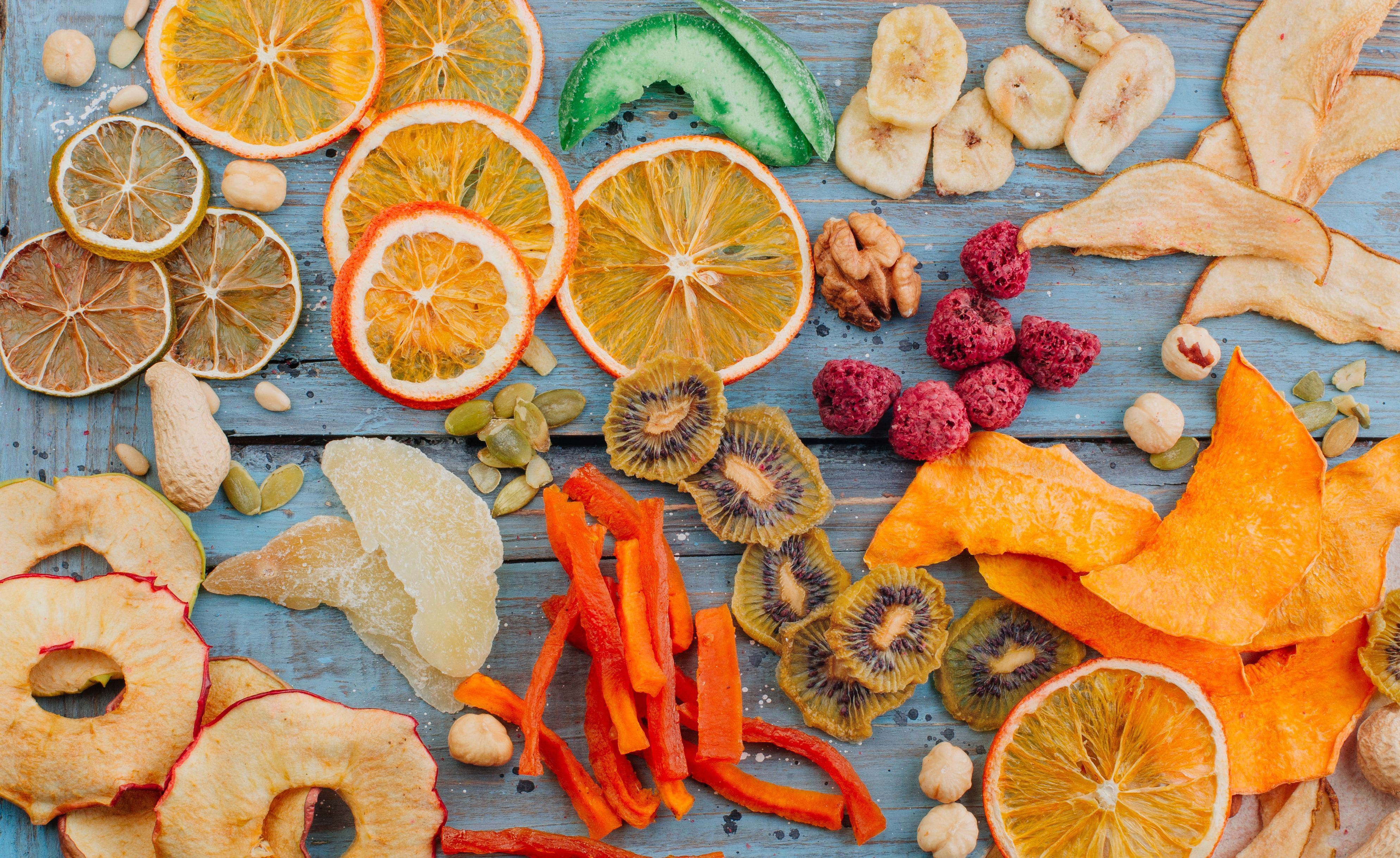 How to dehydrate fruit vegetables and cooked meats