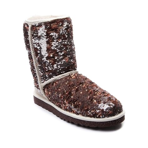 Shop for Womens UGG® Classic Short Sparkle Boot in Champagne at Journeys Shoes. Shop today for the hottest brands in mens shoes and womens shoes at ...