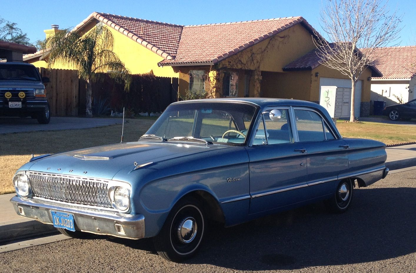 Ford Falcon. Another old original car. This one is for sale.