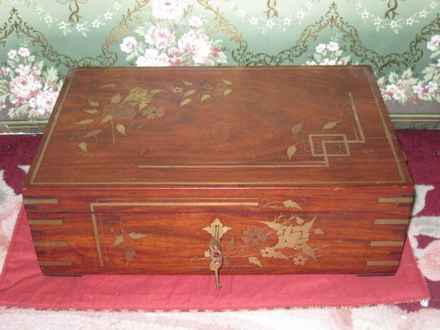 MAGNIFICENT Antique Wooden Jewelry Box with Brass Inlay from