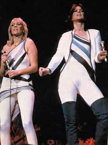 Agnetha and Frida live on stage in Japan in March 1980.