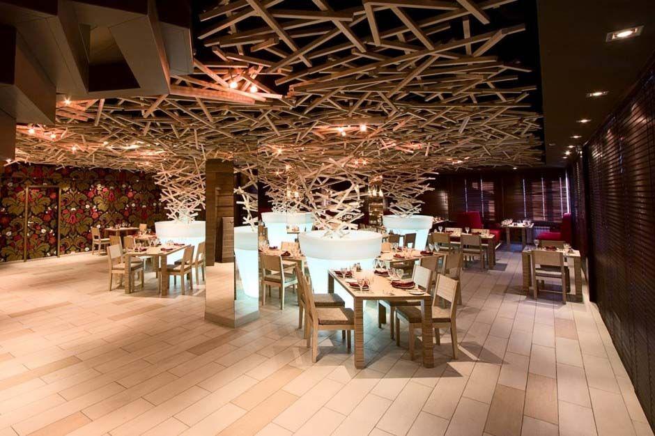 Wooden Ceiling In Silver Restaurant Ceilings Restaurant Plafond