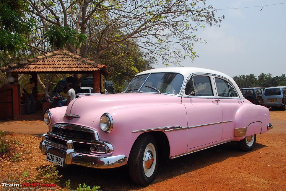 Too cute:) | Pink | Pinterest | Vintage classic cars and Cars