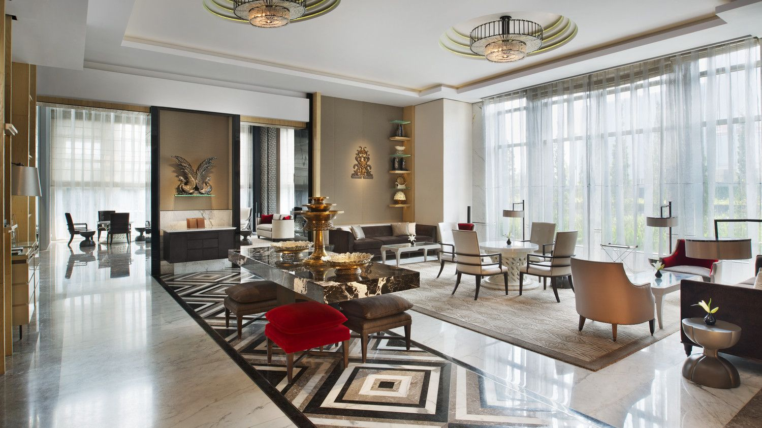 Calm ambiance of keraton lounge keraton at the plaza a for Design hotel jakarta
