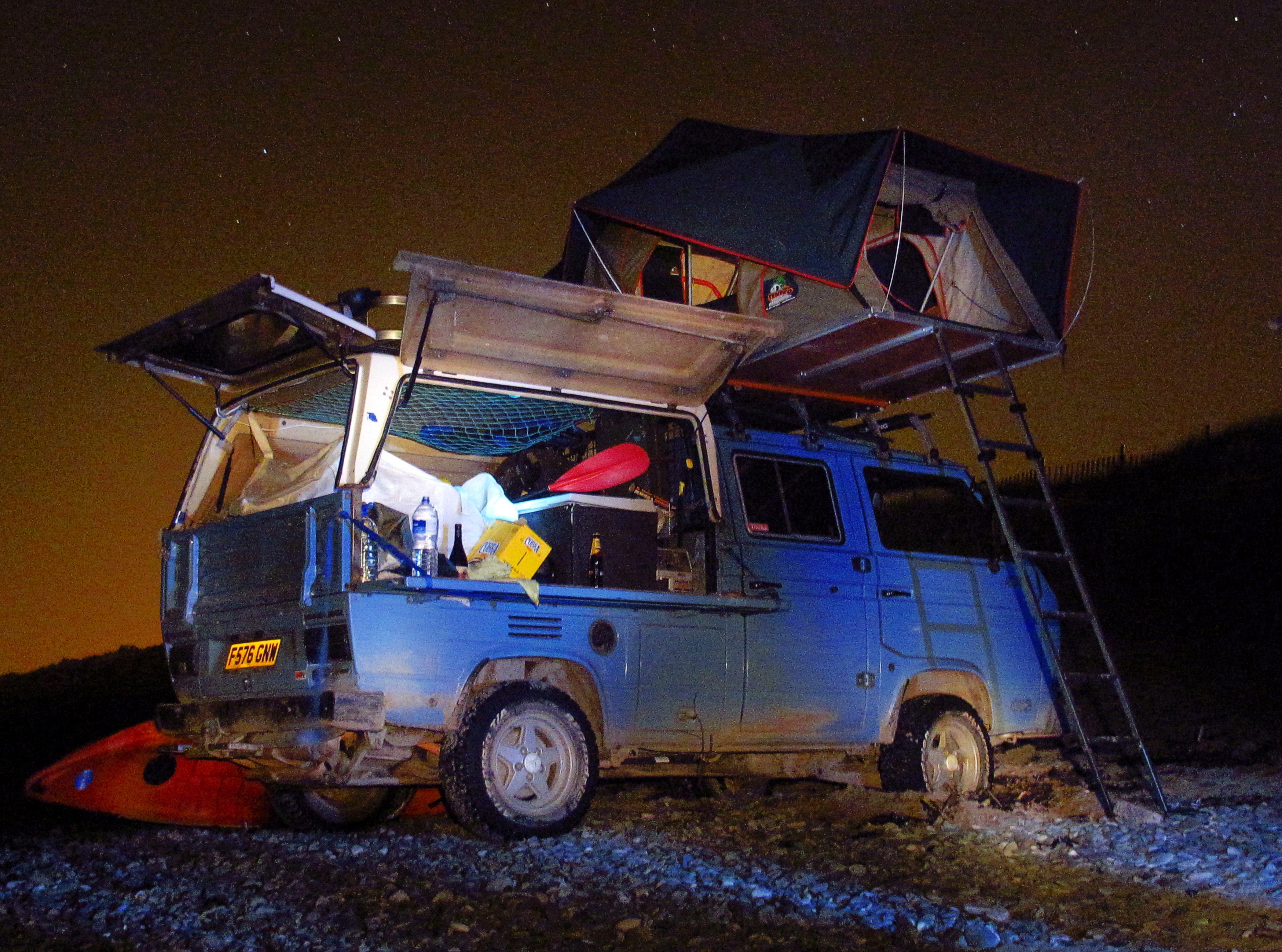 Alternative syncro camper camperising a double cab doka
