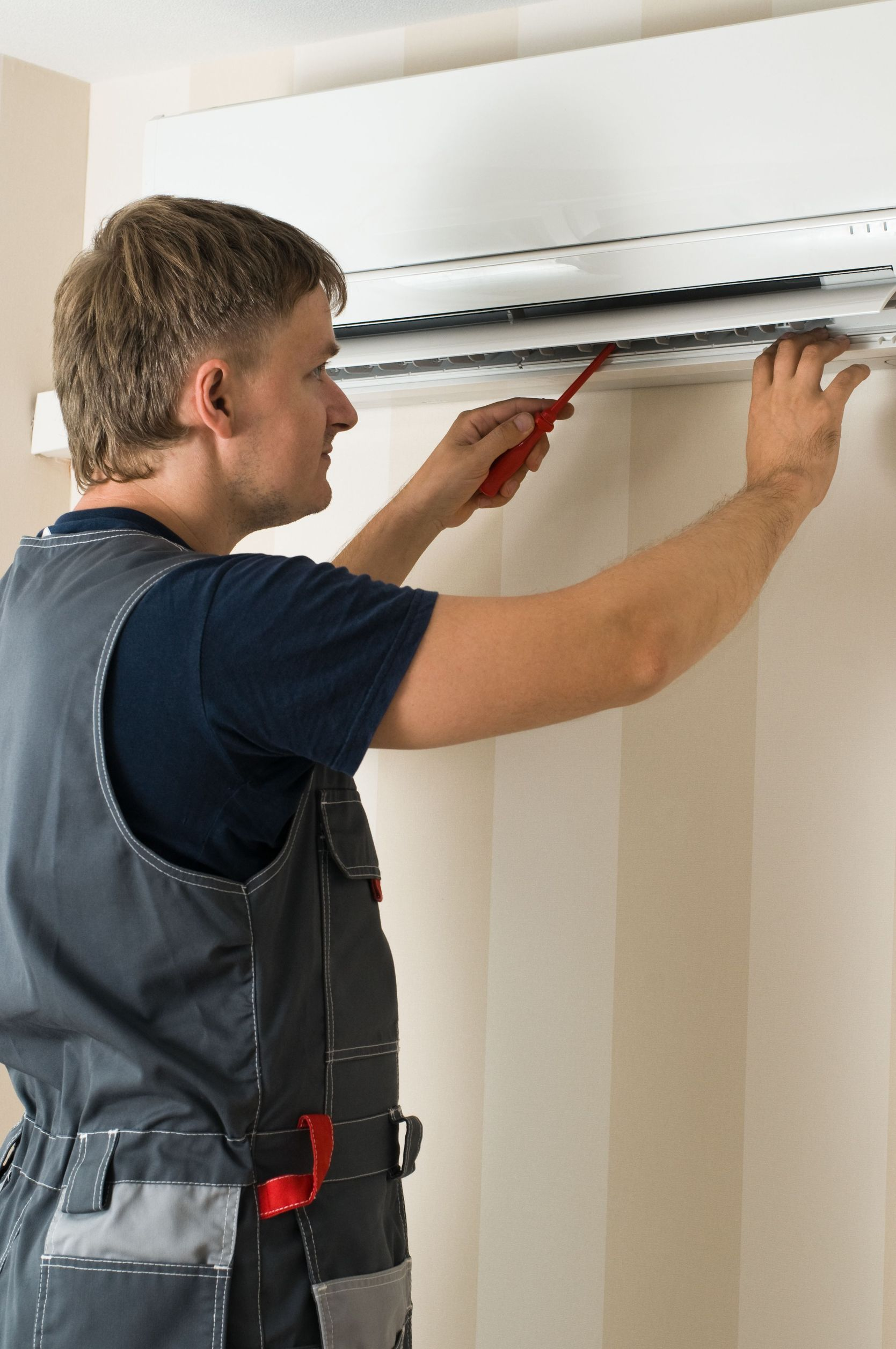 What to Consider in Hiring Heating and Cooling Chicago