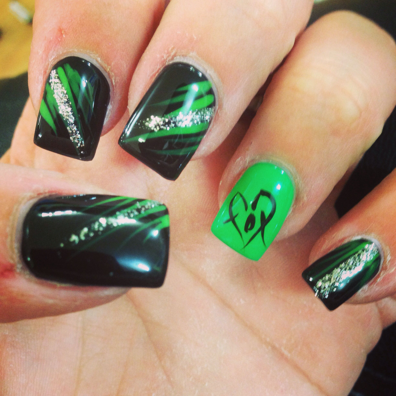 Fox Nail Designs: My Foxy Nail Art Since She Said The Fox Racing Emblem Was
