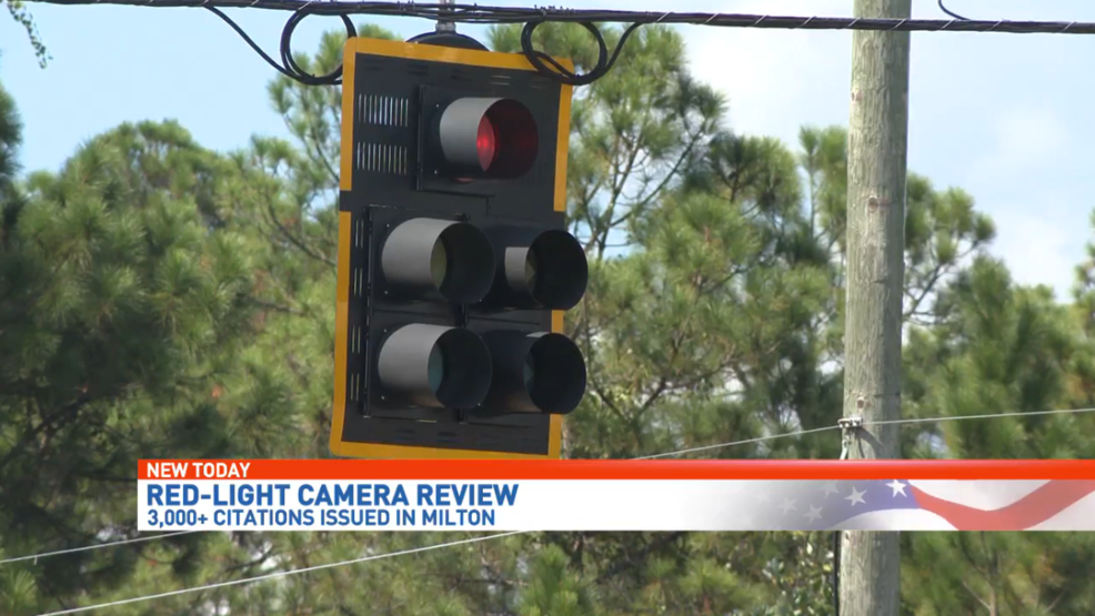 A Pensacola Man Is Calling For Change After He Was Caught On Camera Running A Red Light In Milton Cameras Don T Lie Red Light Camera Light Red Camera Reviews