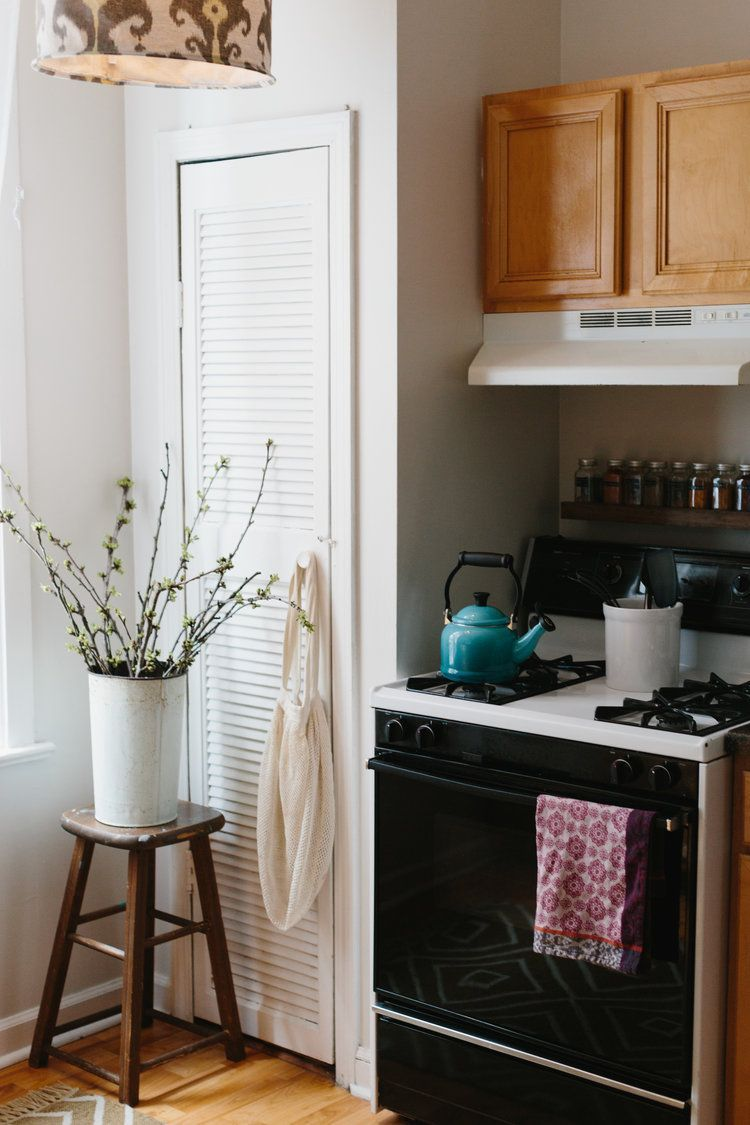 Our Tiny Chicago Apartment: Before and after — Katherine Corden  Katherine Corden's Art Studio/Apartment Space.     Our Tiny Chicago Apartment: Before and After  #Apartment #Chicago #Corden #katherine #Tiny
