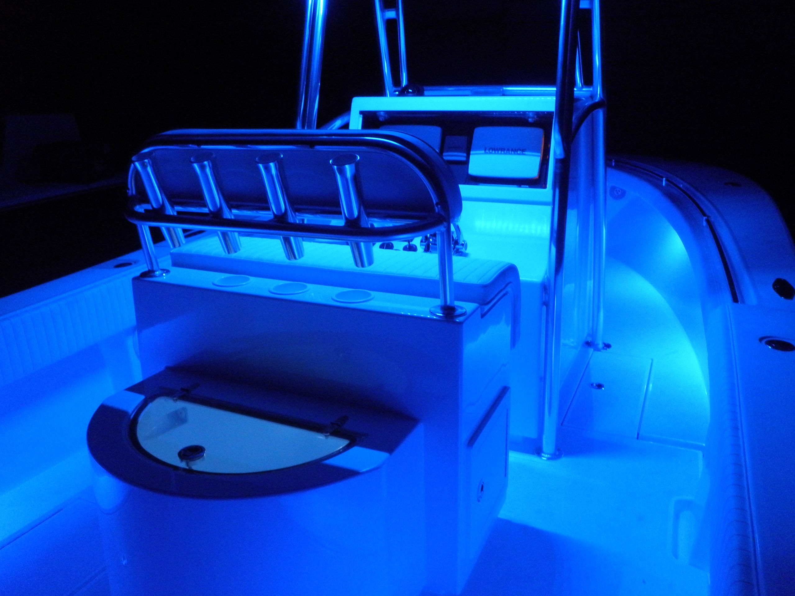 seamaster lights mounted under gunwale on center console. Black Bedroom Furniture Sets. Home Design Ideas