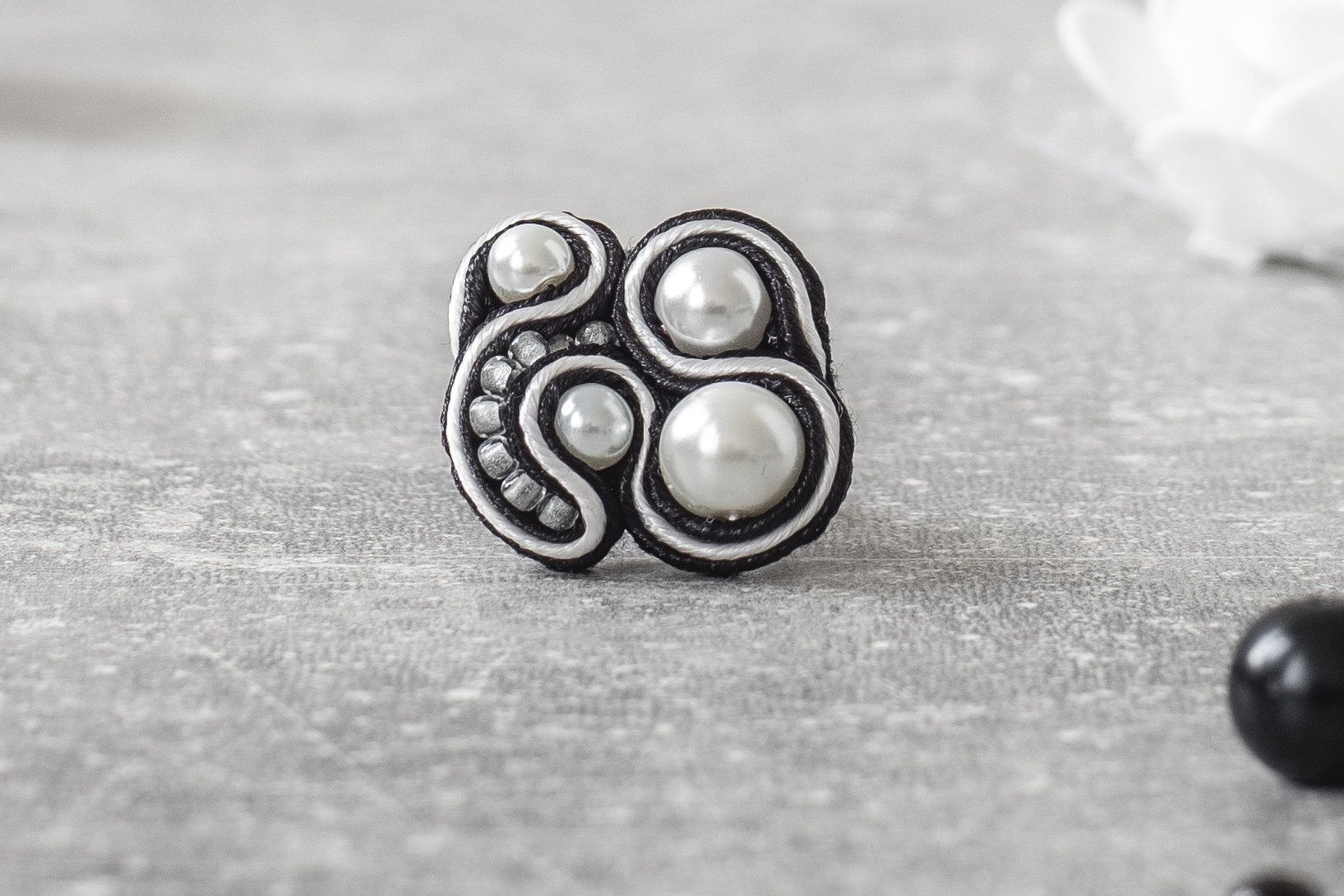 Black and white Soutache Ring / Soutache Jewelry / Elegant Goth Ring / Adjustable Ring / Handsewn Jewelry / Cruelty Free / Casual Goth Store #casualgoth