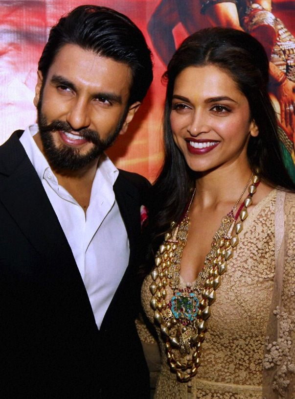 Ranveer Singh And Deepika Padukone Bollywood Actress Bollywood Celebrities Deepika Ranveer