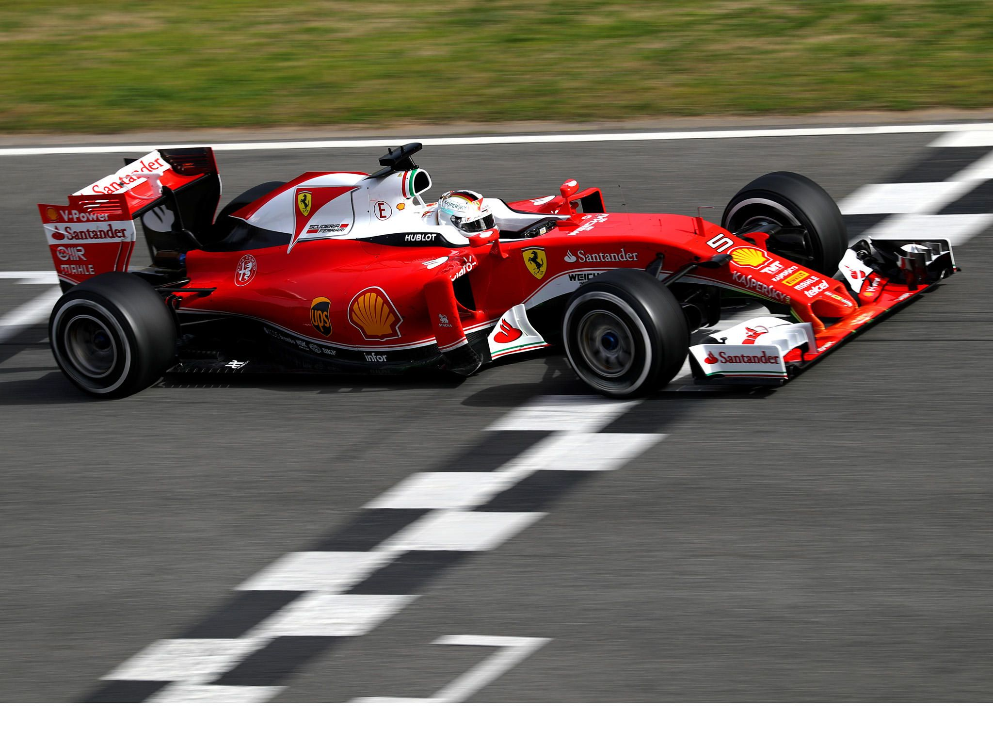 2016 Ferrari Sf16 H Testing 2048x1536 Ipad Air Ipad 4 Ipad 3 Ipad Mini With Retina Display 2048 X 1536 Want An Ipad Wallpaper Hamilton Esportes Suica