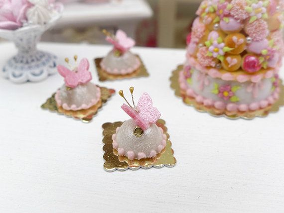 DOLLHOUSE Miniatures 1:12 Scale Miniature Pretty DOME Cake w// Pink Roses
