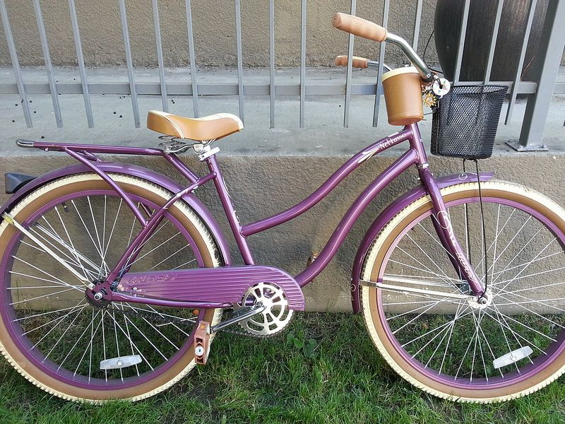 Beach Cruiser Bike Huffy Nel Lusso Excellent Condition Purple Obo Stylish Bike Beautiful Bike I Want To Ride My Bicycle