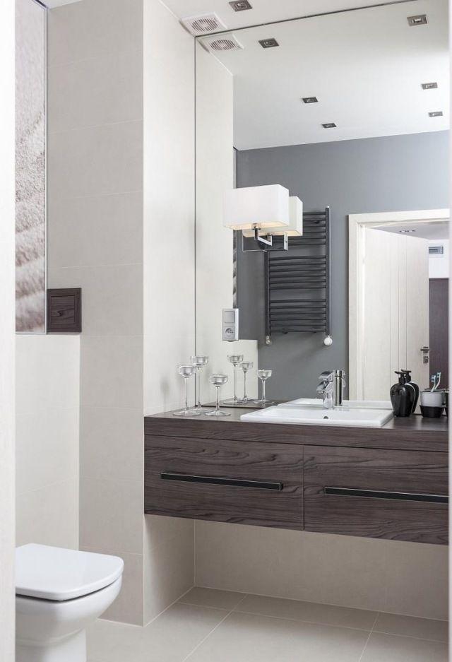 badezimmer modern einrichten waschtisch holz spiegelwand raum - badezimmer modern grau