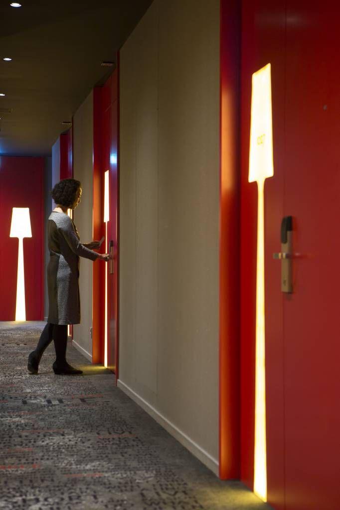 2014 market winner art otel amsterdam by digital space for Hotel corridor decor