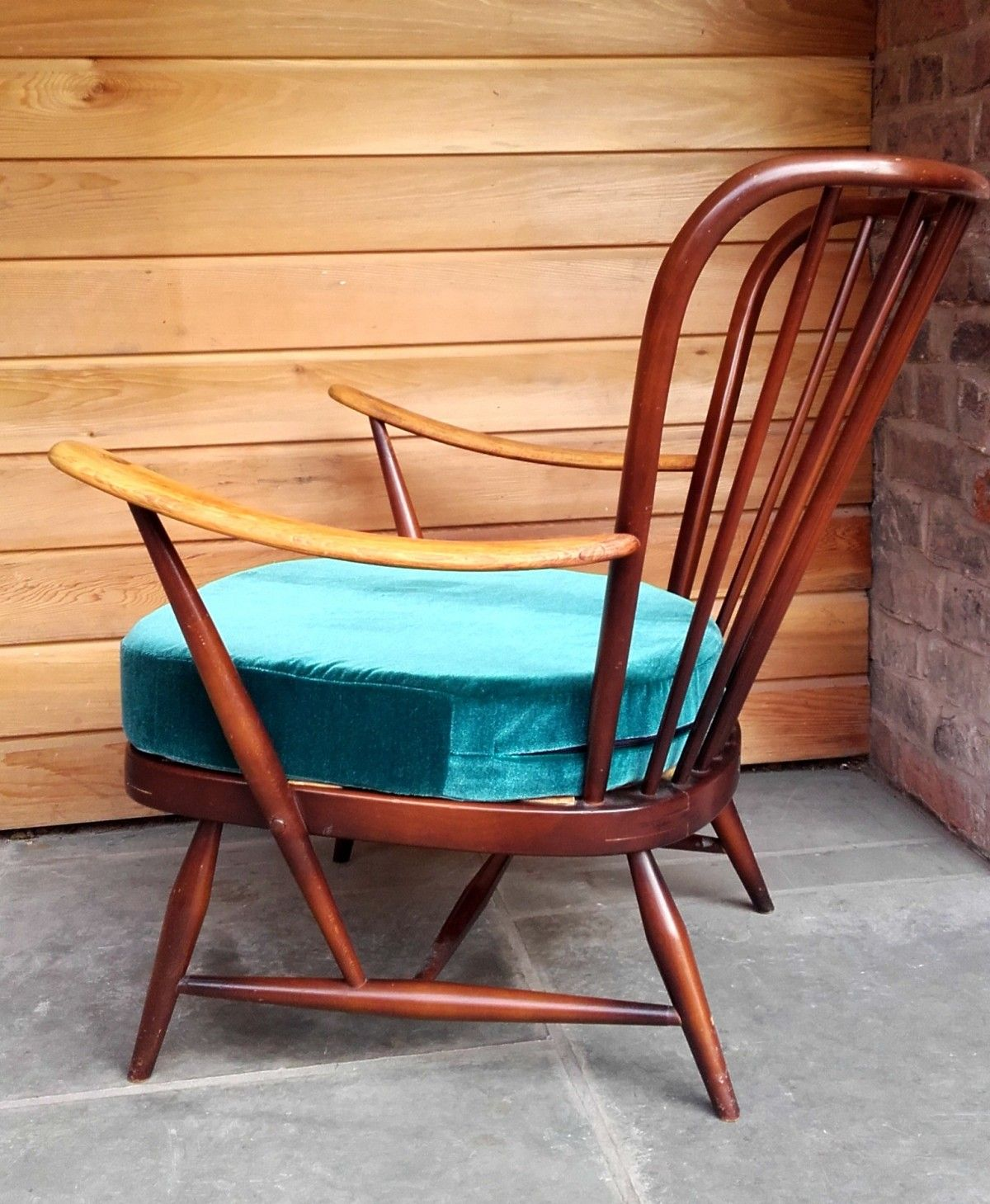 Antique easy chair - Gorgeously Curvy Ercol Model 477 Easy Chair 07