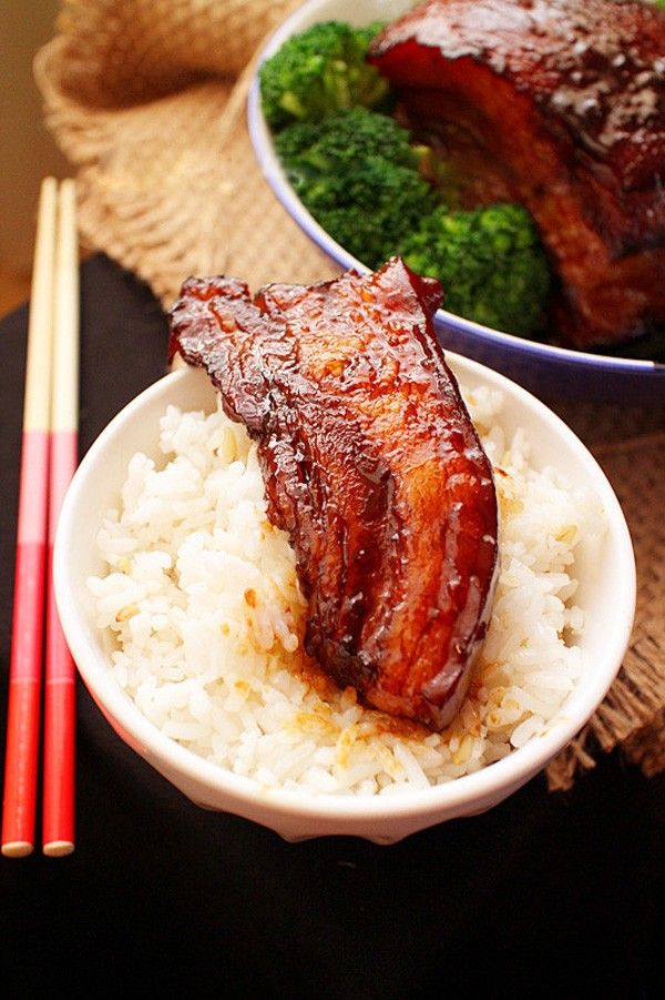 Braised Pork Belly with Sugar-cane (Ba Chỉ Kho Mía). More info at http://www.vietnamesefood.com.vn/vietnamese-recipes/vietnamese-pork-recipes/braised-pork-belly-with-sugar-cane-ba-chi-kho-mia.html
