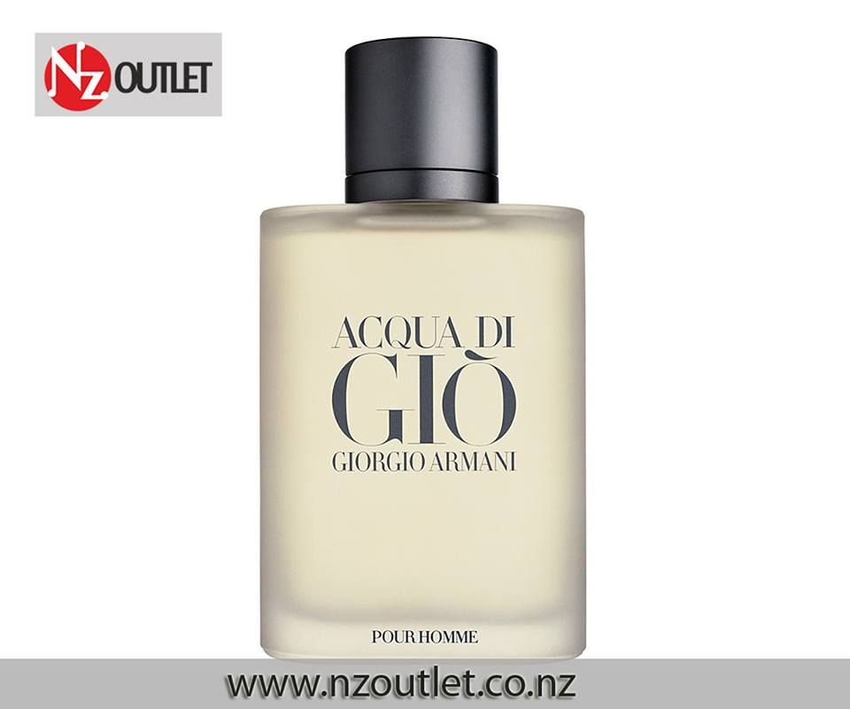 #Acqua_DiGio – #Perfume for Men This classic men's #cologne opens with brisk and cool calabrian bergamot, green tangerine and neroli, and gradually grows deeper and richer with notes of rose, rosemary, jasmine petal, persimmon, and indonesian patchouli http://nzoutlet.co.nz/product/product_details/armani