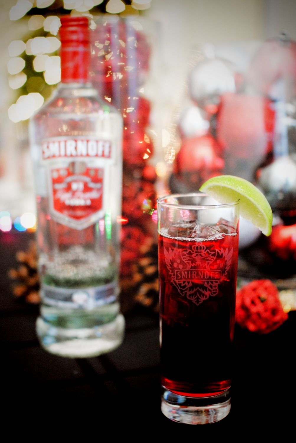 Woo Woo Drink Recipe 1 Oz Smirnoff No 21 Vodka 1 Oz Stirrings Peach Flavored Liqueur 2 5 Oz Cran Easy Holiday Drinks Summertime Drinks Cranberry Cocktail