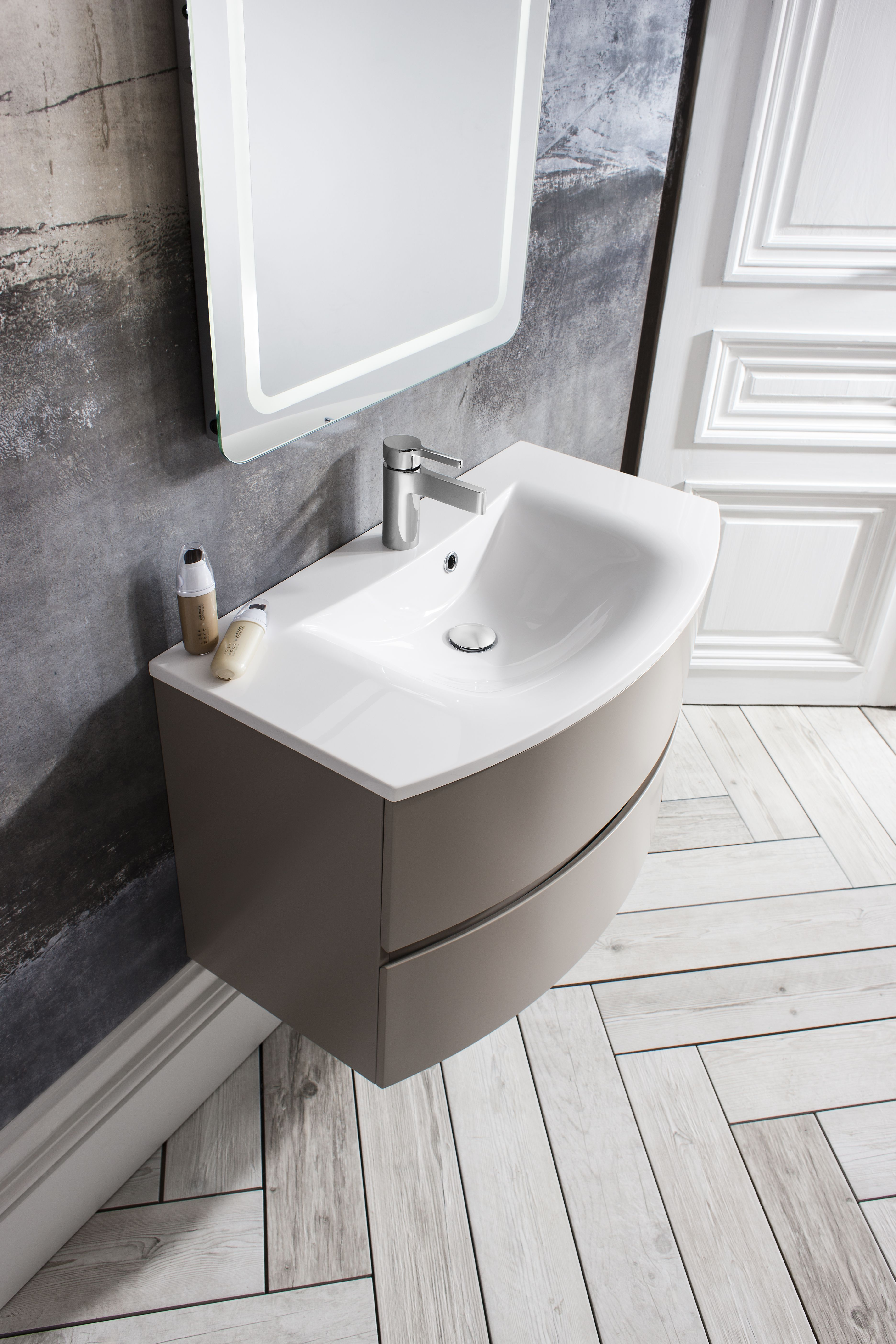 Designer Vanity Units For Bathroom Awesome Modern Vanity Unit Guaranteed To Store All Our Bathroom Essentials Design Ideas