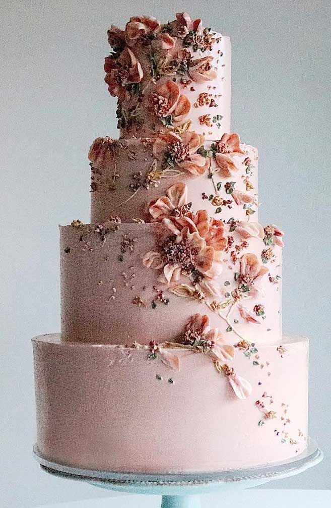The Prettiest & Unique Wedding Cakes We've Ever Seen