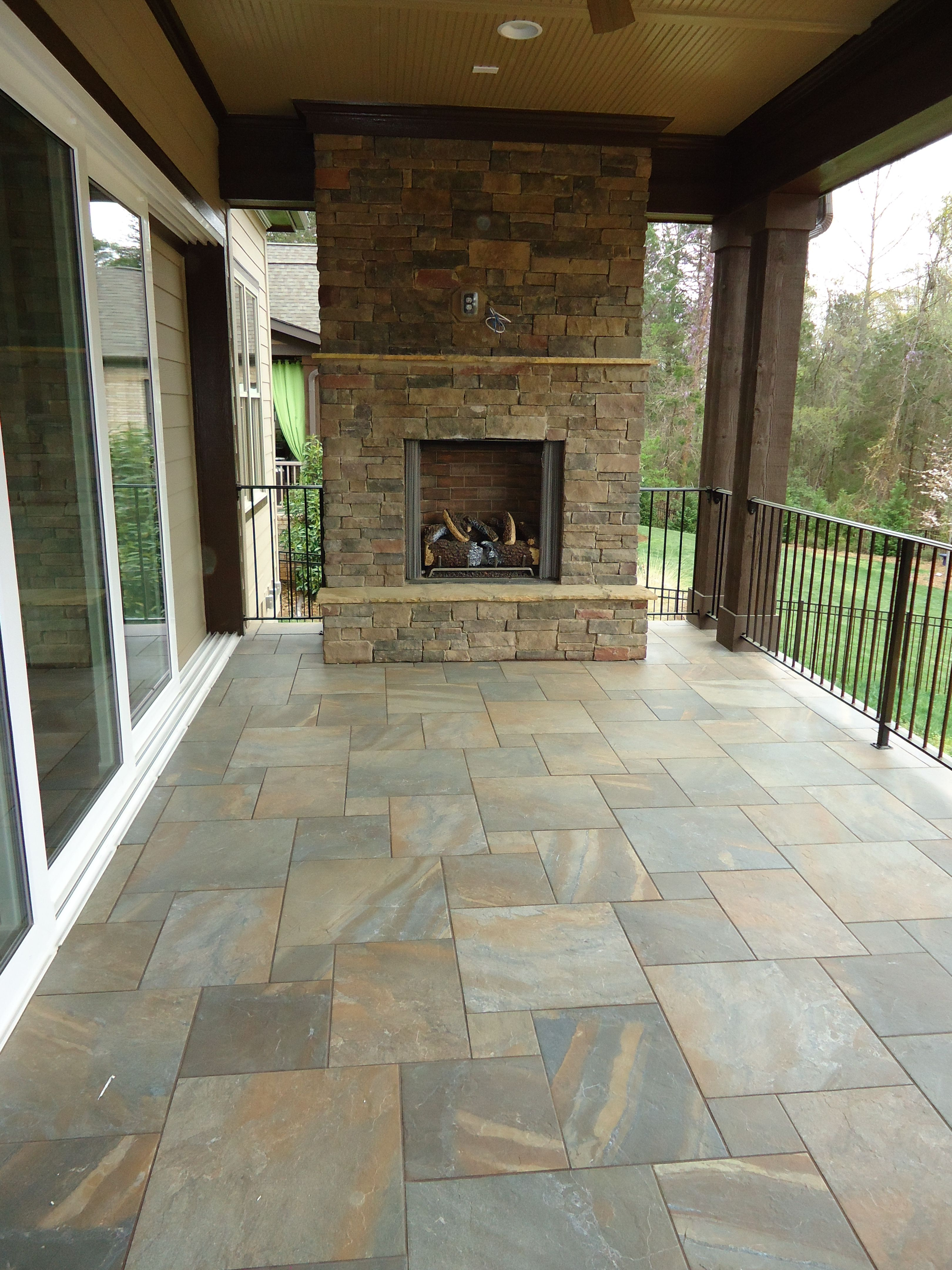 Daltile Ayers Rock Rustic Remnant Patio Outdoor Living