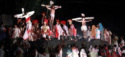 ACONTECE: O espetáculo da Paixão de Cristo do Recife comemor...