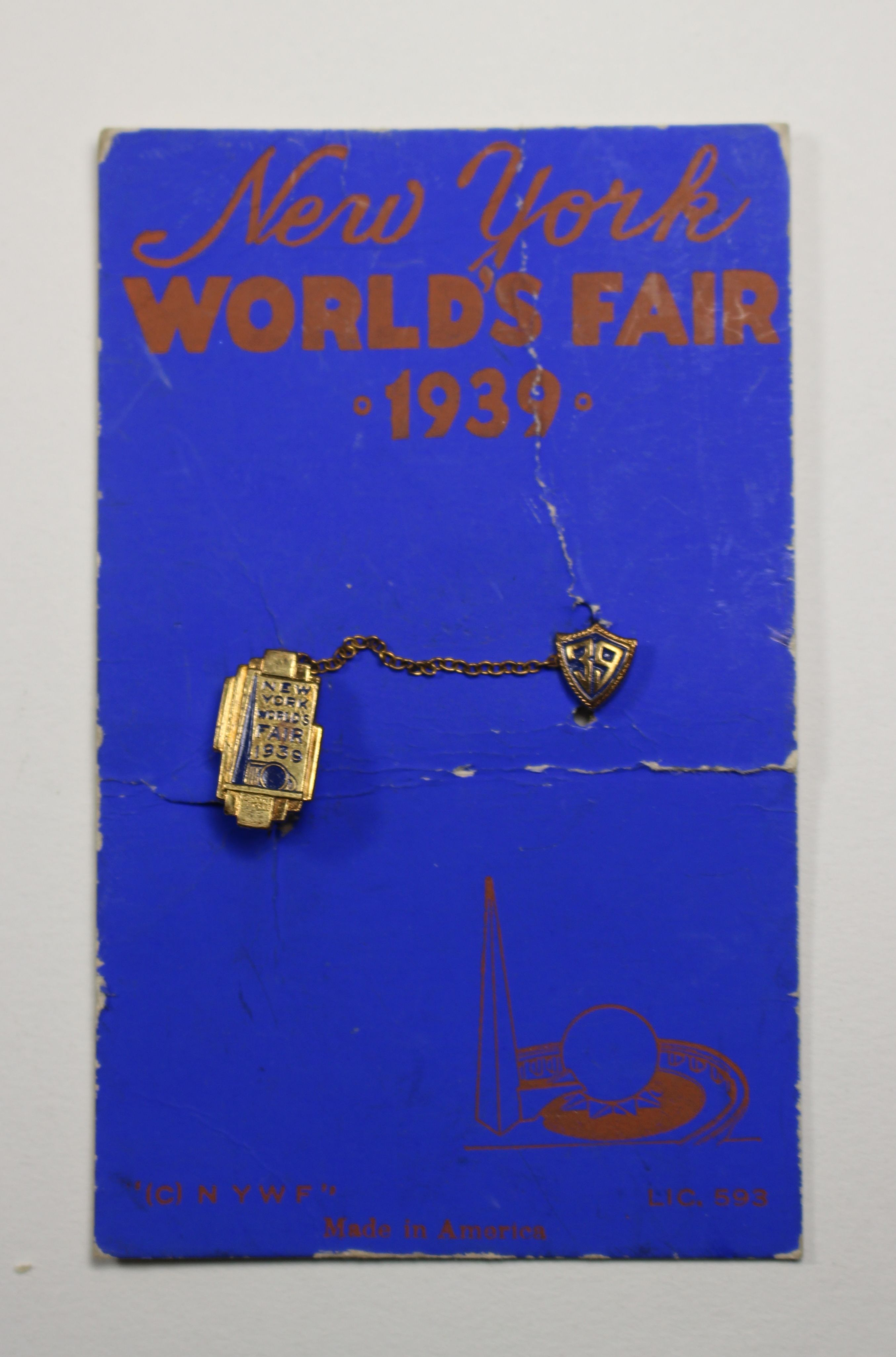 1939 New York World's Fair Pin On Original Card