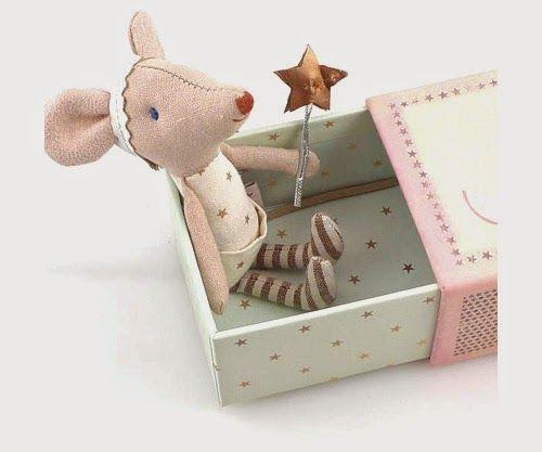 Mamá Vitamina El Ratón Pérez Origen E Ideas Para Regalar Kids Gifts Felt Toys Doll Crafts