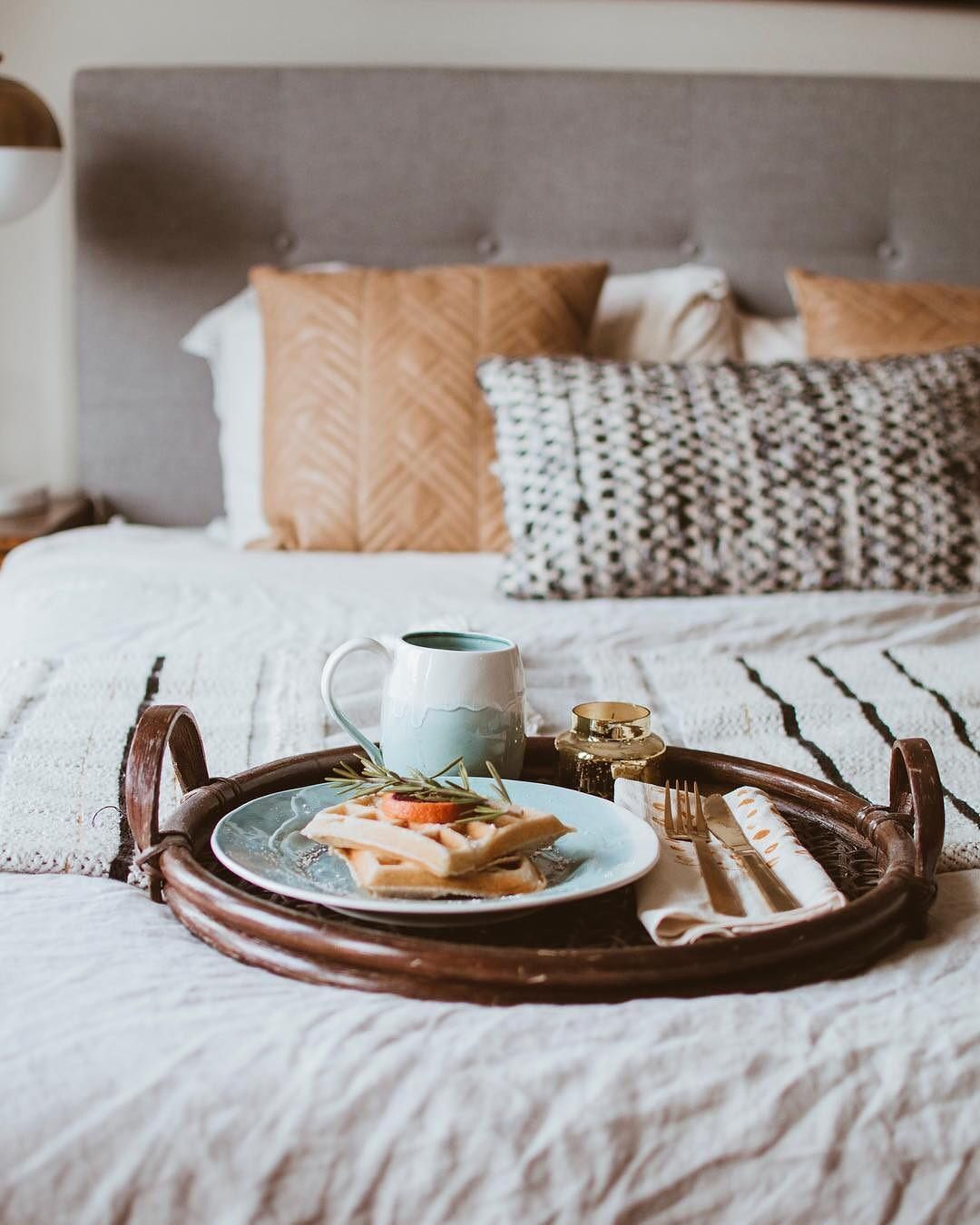 """12e7bd6fb70c Anthropologie Europe on Instagram: """"The only thing better than breakfast in  bed? Brunch in bed 🥞 Photo by @alenadavis (link in profile to shop)"""""""