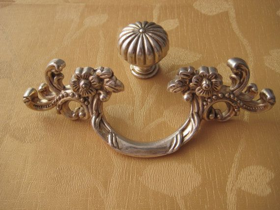 Shabby Chic French Country Kitchen | French Country Kitchen Cabinet Handle Pull  Antique Furniture Hardware .