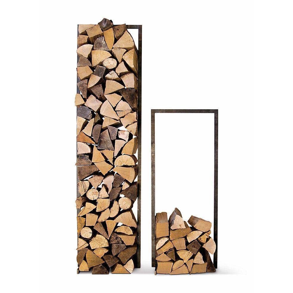 einen rahmen aus rohem verzundertem stahl gibt dem brennholz, Wohnzimmer dekoo