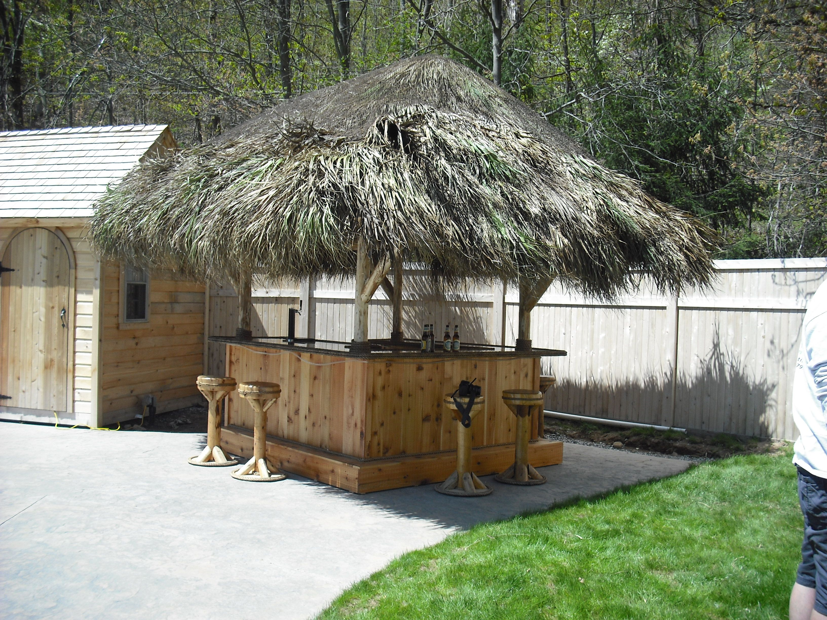 Higganum Ct 8x8 Custom Red Cedar Tiki Bar 10 X 10 Tiki