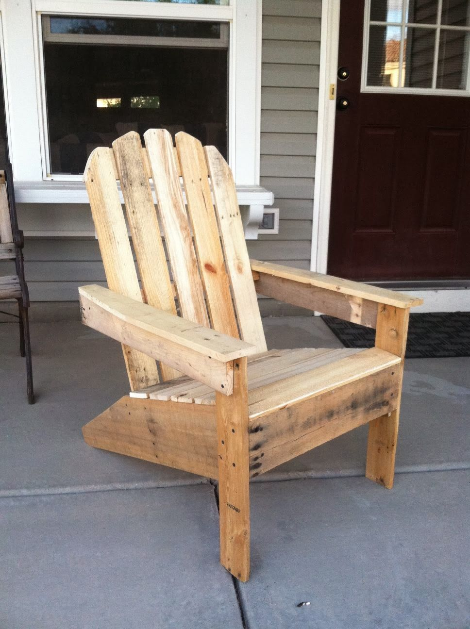Librer a y silla fabricadas con palets muebles de palets local muebles muebles con palets - Como hacer sillas con palets ...