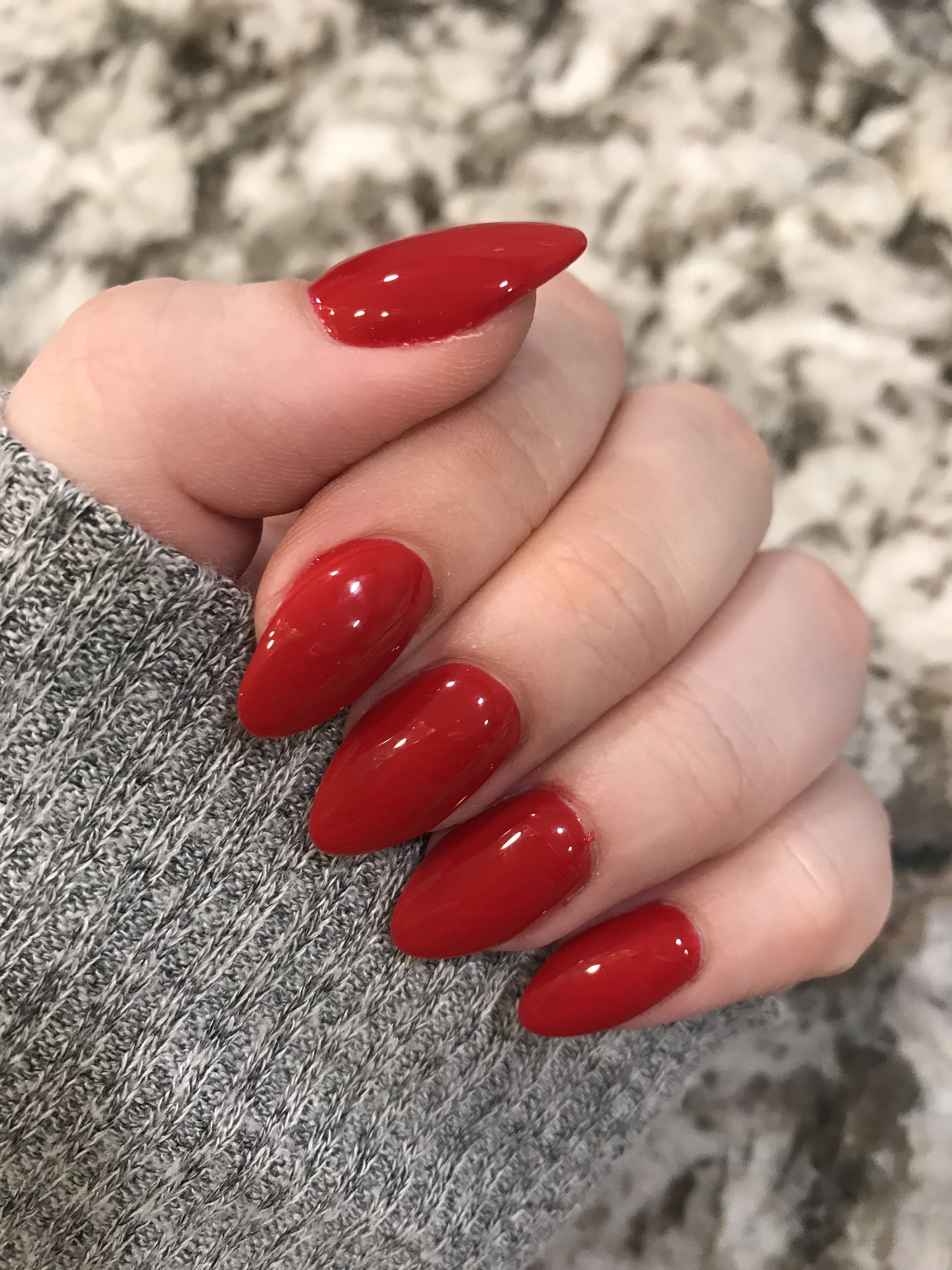 Red Acrylic Nails Pretty Red Nails Round Nails Red Acrylic Nails