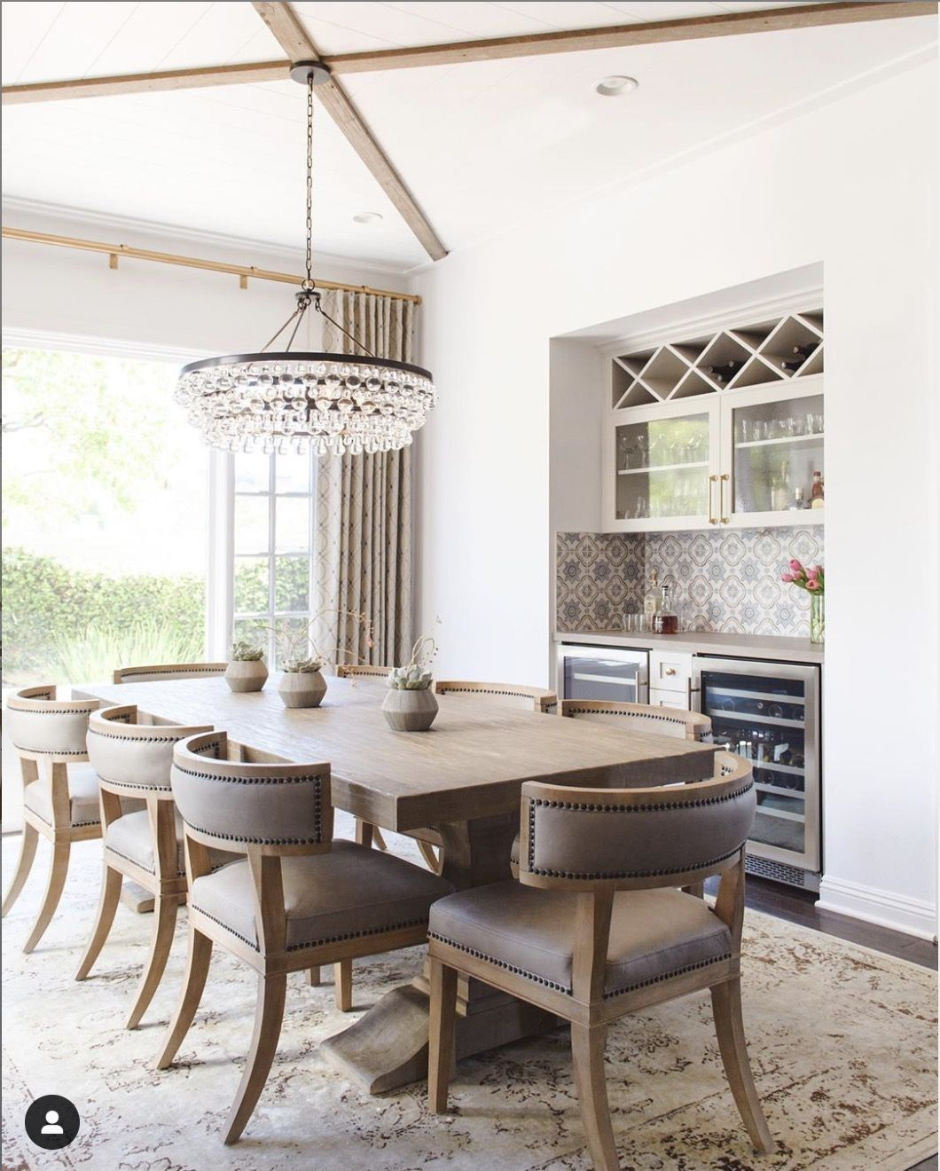 Houzz Says This Is The Number 1 Most Saved Dining Room Since April