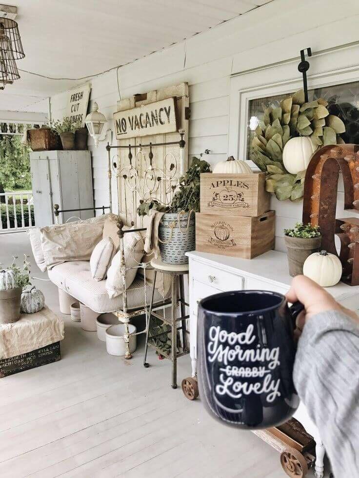 47 Rustic Farmhouse Porch Decor Ideas to Show Off This ...