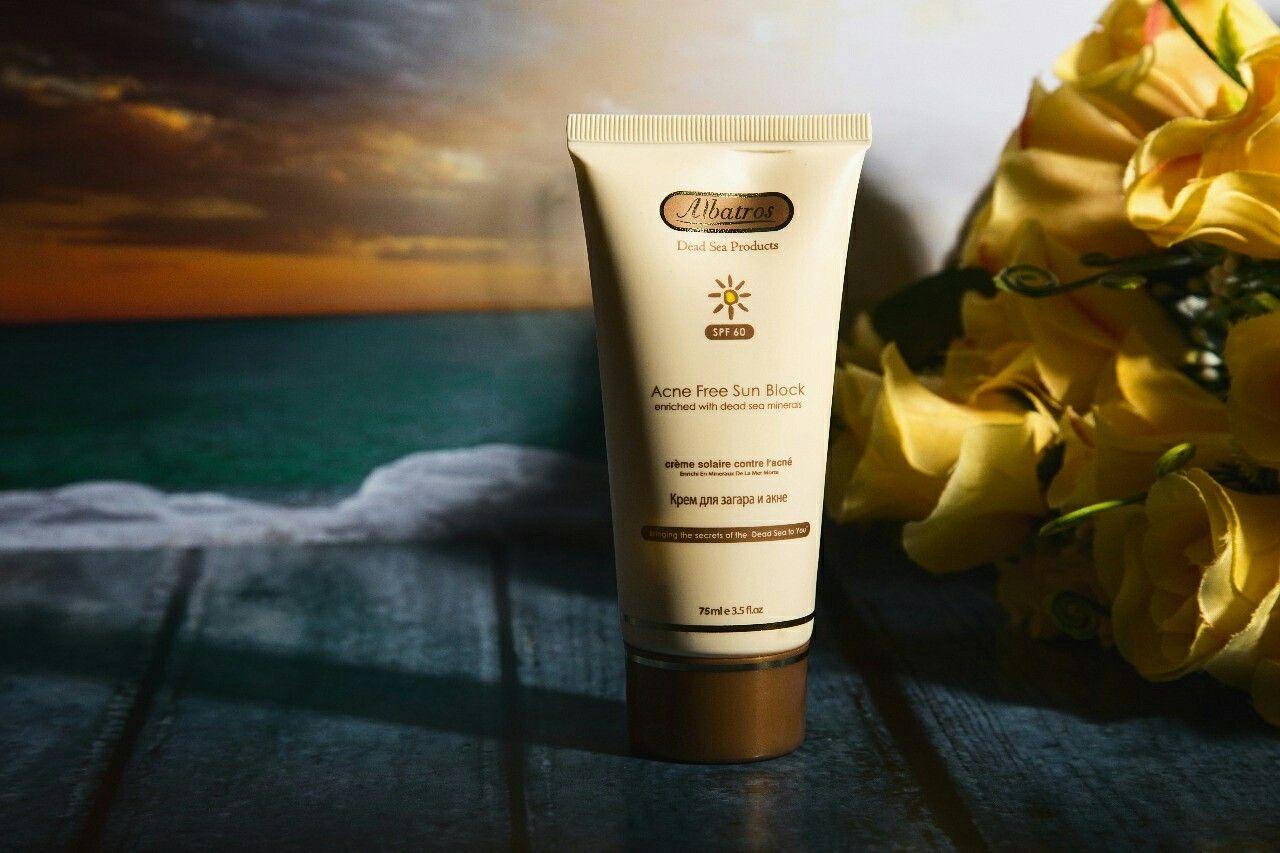 احم بشرتك من أضرار أشعة الشمس واستخدمي واقي الشمس للبشرة الدهنية من الباتروس صحة جمال تغذية ماسك قناع تساقط الشعر علاج ت Acne Free Acne Shampoo Bottle