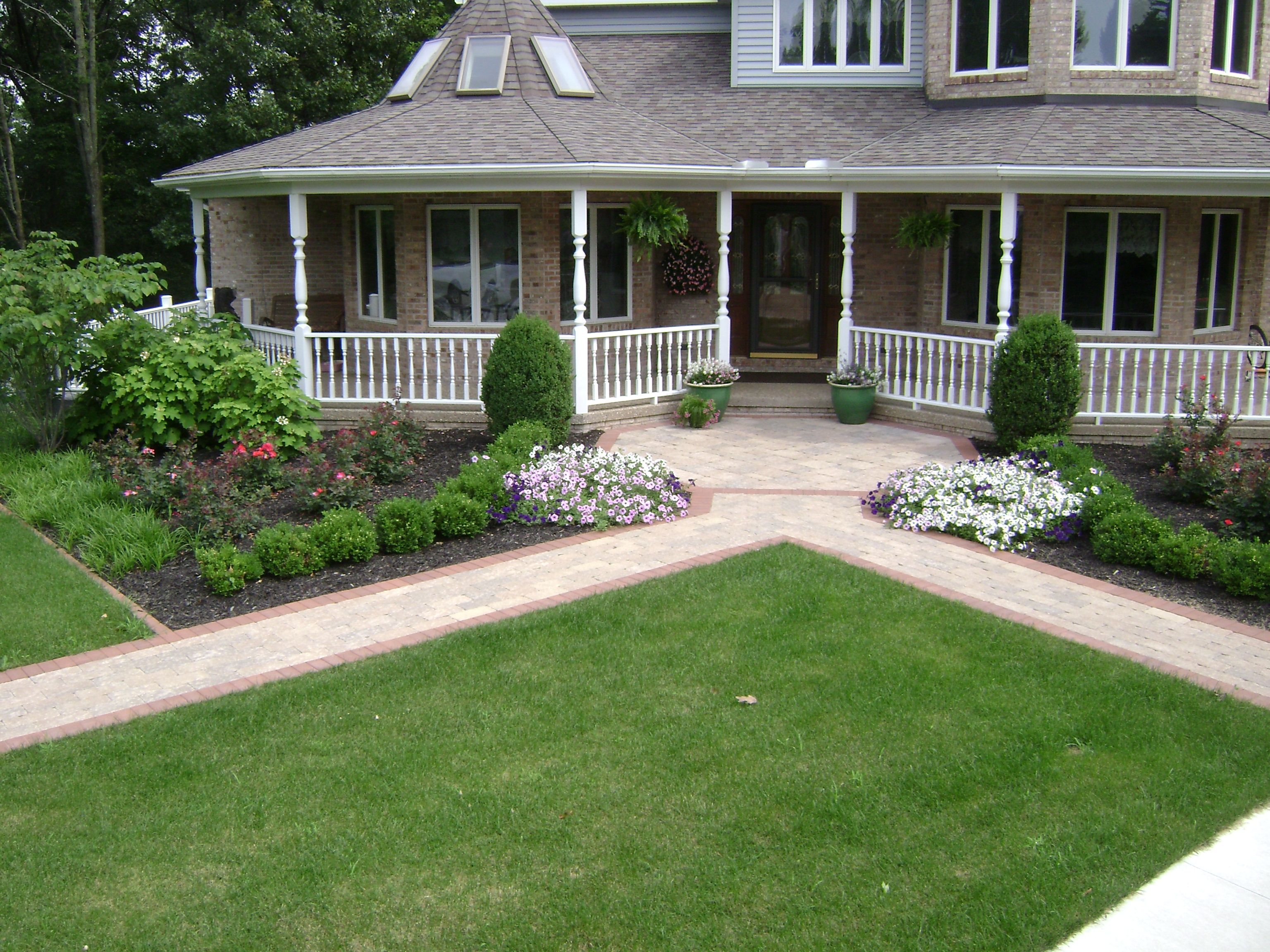 front walkway #landscaping great