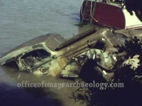 1958 VINTAGE AUTO RECOVERY FROM THE SACRAMENTO RIVER