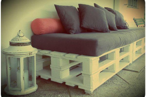 Zurea muebles con material reciclado good pinterest for Reciclado de sillones