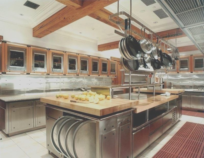 20 Professional Home Kitchen Designs In 2020 Commercial Kitchen Design Restaurant Kitchen Design Professional Kitchen Design