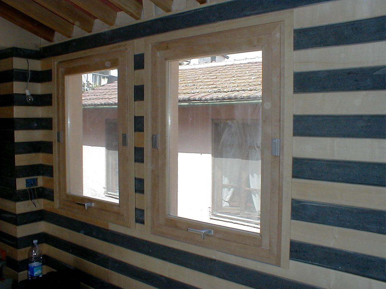 Cucina Con Finestra Orizzontale finestre in legno di acero a bilico orizzontale (con