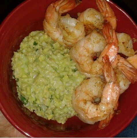 Garlic Cayenne Pepper Shrimp and Avacado Cilantro Lime Brown Rice for dinner tonight! Chef Sheretha