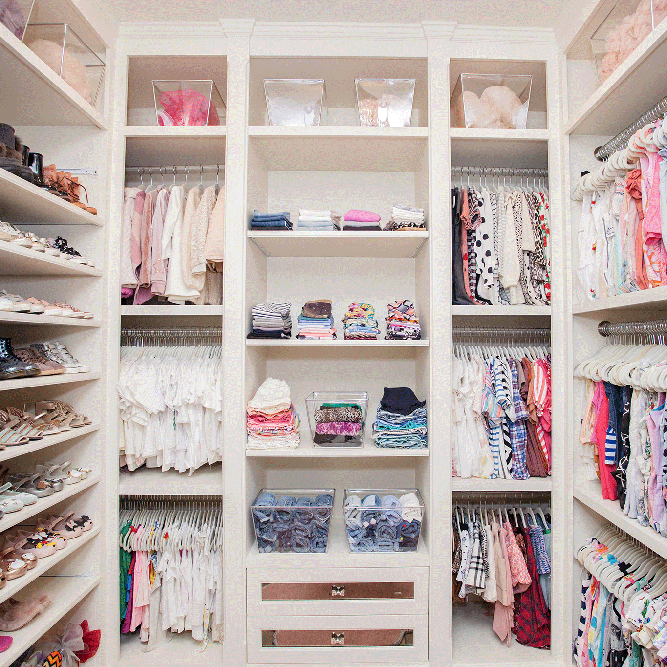 Here S What S Trending In The Nursery This Week Baby Girl Closet