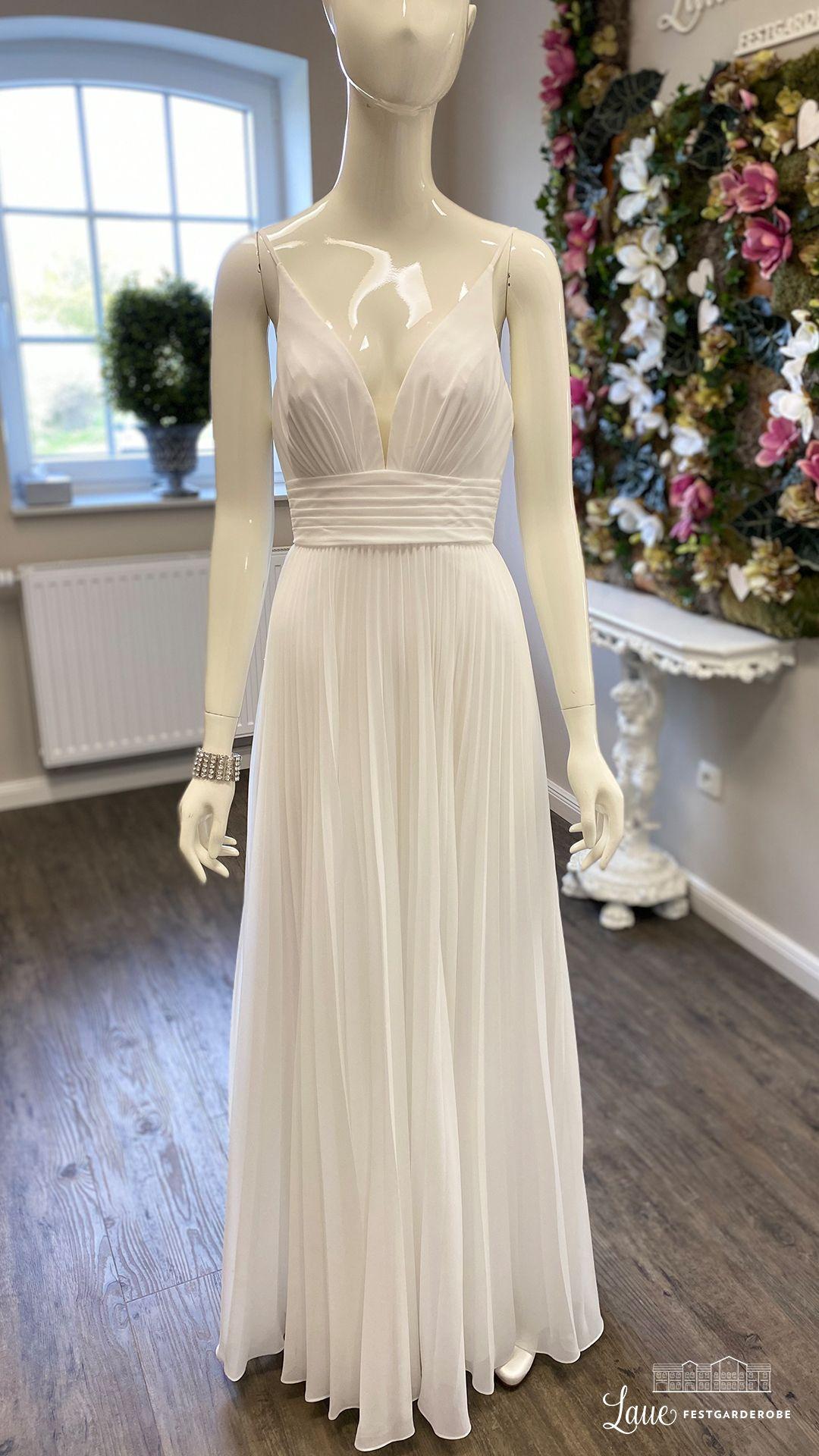 Preiswertes Brautkleid von Lilly in 2020 | Tolle kleider ...